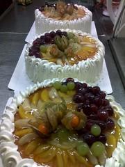 Kermahedelmä kakkuja