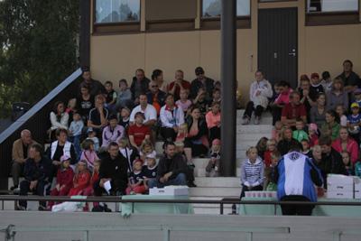 karhka kesan urheilukoulun paatos tilaisuu keskuskentta 25.8-10 -024