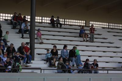 karhka kesan urheilukoulun paatos tilaisuu keskuskentta 25.8-10 -026