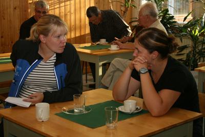 toimitsijoiden ja talkoovaen kahvitilaisuu 9.9.2010 sammolla -17