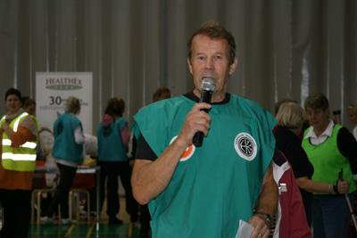 katajaiset mukana 60+liikuntapaiva karhuvuoren urheilutalo 16.9.2010 -01