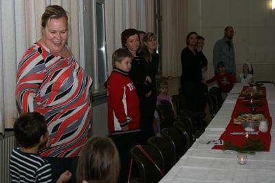 katajaisten vuosi- ja pikkujoulujuhla sammolla 12.11.2010 -16