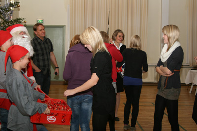 katajaisten vuosi- ja pikkujoulujuhla sammolla 12.11.2010 -53