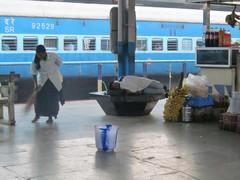 Siistijä.  Cleaner.   Mangalore 7.2.