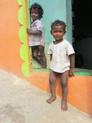 Pojat poseeraa.  Boys pose.    Tiruvannaamalai 1.3.  Kuva S.P.