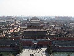 Näkymä Kiellettyyn kaupunkiin Jing Shan puistosta.    View to Forbidden City from Jing Shan park.  10.3.