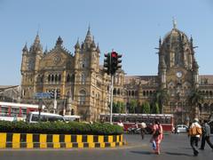 Victoria rautatieasema. Victoria station. Mumbai 13.1.  Kuva S.P.