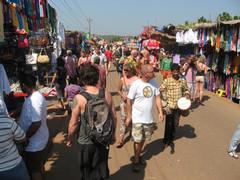 Turistirysä.  Market for tourists. Anjuna, Goa 18.1.  Kuva S.P.