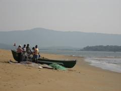 Kalastajia.  Gokarnasta etelään.  The fishermen.  South from Gokarna.  2.2.    Kuva S.P.