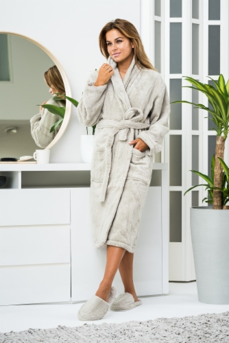 Bathrobe-Cosy-Slippers-pearly_grey_Luin-Living.jpg&width=400&height=500