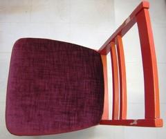 tehty-tuolinpaallinen