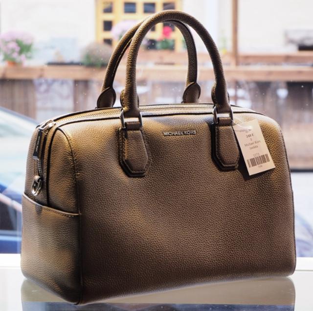 kors-laukku