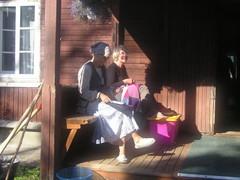 talkoot 2011 Anna-Mari ja Leena