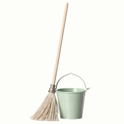 Maileg_bucket_and_mop_11810200.jpg&width=400&height=500