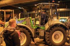 Lännen Tractors Oy valmistaa korkeasta laadustaan tunnettuja, hyvillä liikkuvuus- ja hallintaominaisuuksilla varustettuja Lännen-pyöräkuormainkaivureita ja Lännen Lundberg -monitoimikoneita sekä Vesimestari-vesirakennuskoneita