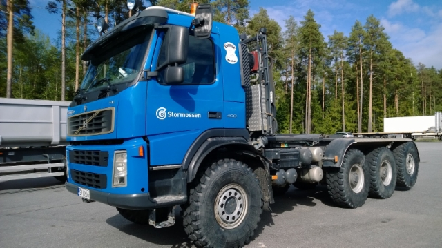 Volvo 6x6+2