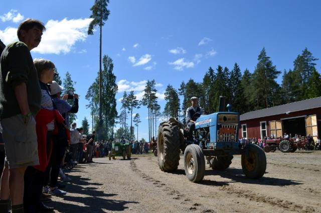 Traktoriparaati