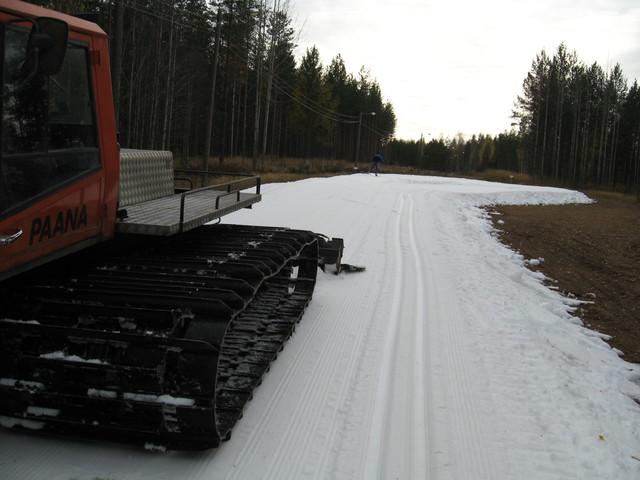 Latukone9, Koneurakointi M Ikonen Oy