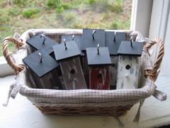 Pikkuruisia linnunpönttöjä kransseihin