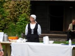 Puuroa ja mustikkasoppaa tarjolla