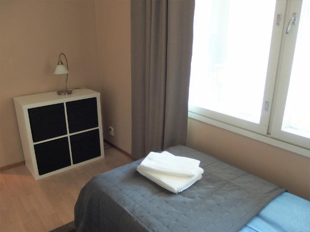 kalustettu_asunto_kaksio_kamppi_makuuhuone