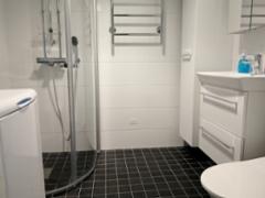 kalustettu_asunto_kaksio_jarvenpaa_kylpyhuone
