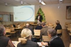 Kuntaliiton toimitusjohtaja Kari-Pekka Mäki-Lohiluoma luennoi vuosikokouksessa 2011
