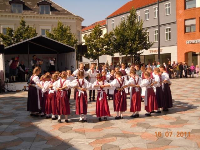 2011_barnlek_tanska_2