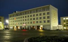 Pechenga hotellin julkisivu