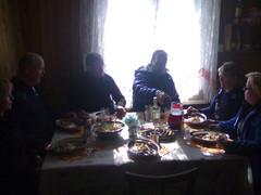 Päivällispöydässä päivän päätteeksi