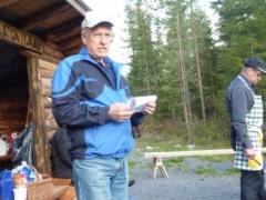 Pj. Pauli Kuusiranta esittelee kyläyhdistystä.
