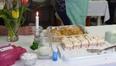 Leivoskahvit juhlan kunniaksi.
