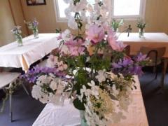Juhlan kukka-asetelmia. Kuva:Anna-Liisa Huhtala
