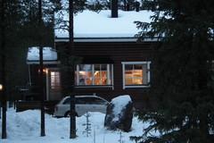 Etupihan näkymää / View of the front yard