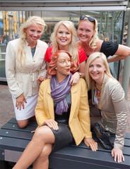 Lupa!us2010-voittaja kuvanveistäjä Kerttu Horilan Maire-veistos julkisuudessa