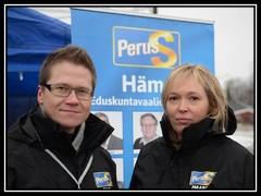 Lahtelaiset eduskuntavaaliehdokkaat Rami Lehto ja Maarit Tuomi