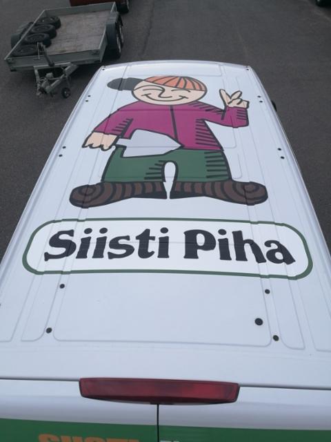 Pakettiauton katon mainosteippaus