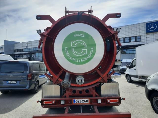 Biokaasukuorma-auton Gasum teippaus