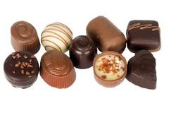 Näitä suklaita voi löytyä lahjarasian sisältä.