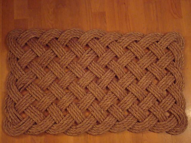 Square mat