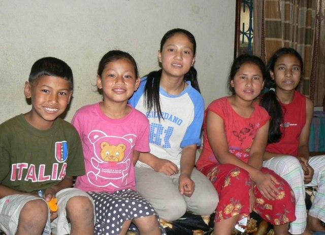 Manon lapsia / Mano children Katmandu 2007