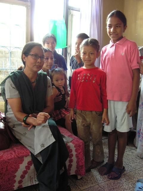 Mano lapsia / children & Esther Katmandu 2004