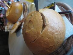 Soppa leivässä