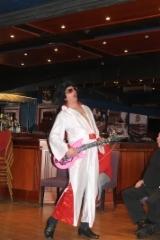 Elvis itse