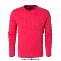 berkeley-Windsor-Braided-Crewneck.jpg&width=200&height=250