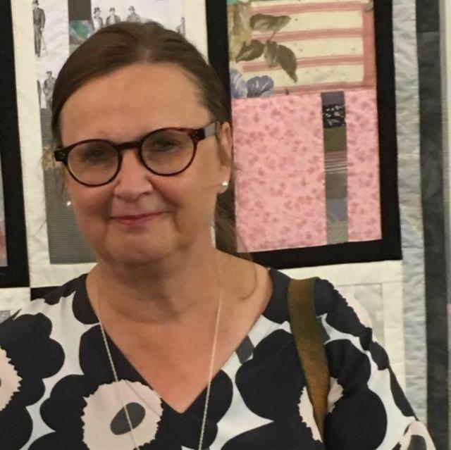 Finn Quiltin valtakunnallista näyttelyä katsomassa Vaasassa