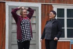 raija_laakso_ja_virpi_gronlund_markku_hattulan_komediassa_miesta_vailla_2.versio._kuva_tiina_raikkonen2017