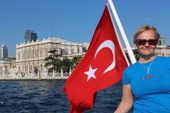 Türkiye'den selamlar- terveisiä Turkista! Aatos lähettää matkaterveisiä Istanbulista.