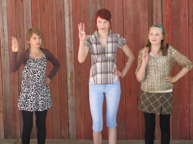 Tyttöjen esitys