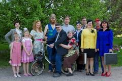 Matkalaukkukostajan ryhmäkuva (Terho Aalto)